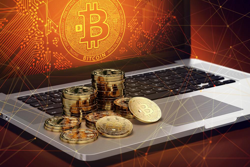 Bitcoin raggiunge il suo massimo splendore contro l'oro, tanto che la sfida del mondo dei porti infuria